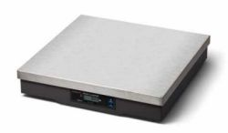 Avery Weigh-Tronix®7824 Parcel Shipping Scale
