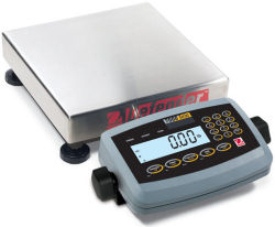 Ohaus® Defender™ 7000 Series Low-Profile Square Scales